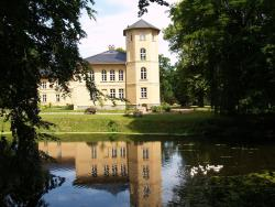 Landhaus Schloss Kölzow, Am Park 5, 18334, Kölzow