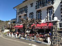 Hotel Bellevue, Route Du Lac Chambon, 63790, Chambon-sur-Lac