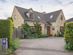 Kingfisher Cottage,  GL54, Winchcombe
