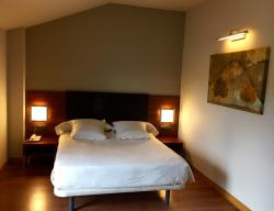 Hotel Restaurante El Vallés, Carretera Madrid-Irun, Km. 280, 09240, Briviesca