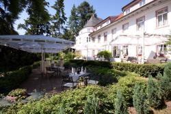 Hofgut Dippelshof Hotel- und Restaurant KG, Am Dippelshof 1, 64367, Darmstadt