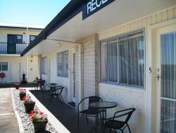 Cedar Court Motel, 50 Meeanee Quay, Westshore, 4110, Napier
