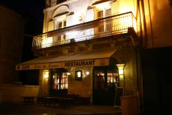 Hotel de France, 24 Place Ludovic Trarieux, 16390, Aubeterre-sur-Dronne