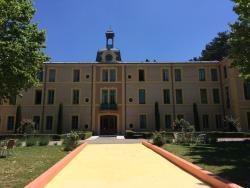 Au Château Près Du Ventoux Ii,  26570, Montbrun-les-Bains