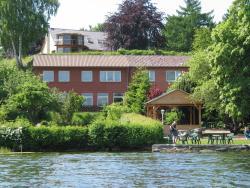 Gasthof am See, Dorfstraße 10, 23883, Seedorf