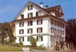 Gasthaus zum Kreuz, Gotthardstrasse 1, 6045, Luzern
