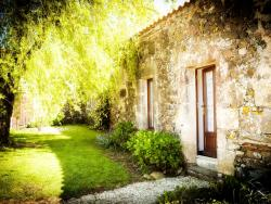 La Baudonniere Courtyard Cottage, Route des Salinieres, 85110, Monsireigne