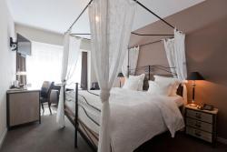 Hotel De Hofkamers, IJzerstraat 5, 8400, Остенде