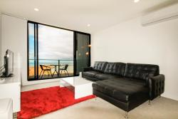 Amazing Waterfront Apartment, 222/50 Catamaran Drive, Werribee South, 3030, Werribee