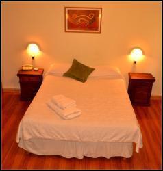 Alas Hotel, Cte. Salas 51, 5600, San Rafael