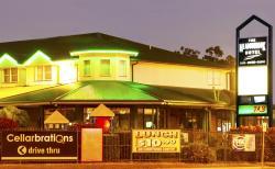 Meadowbrook Hotel Brisbane, 1-7 Logandowns Drive, Cnr Loganlea Road Meadowbrook, 4131, Loganlea