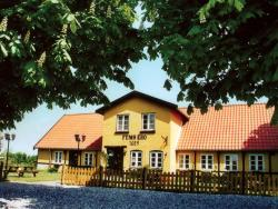 Femø Kro & Feriecenter, Askhavnsvej 66a & 69, 4930, Nørreby