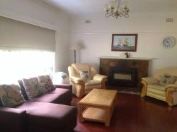 3 Bedroom Family Home, 19 Bronte Ave, 3125, Burwood