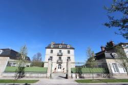 Au petit château, 14, Faubourg de Troyes, 10110, Bar-sur-Seine