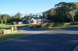 Breakfast with the Kangaroos, 40 Heritage Drive, Moonee Beach, 2450, Emerald Beach