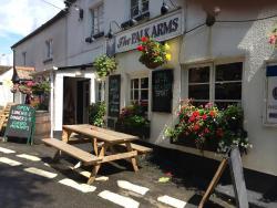 The Palk Arms, Church Road Hennock, TQ13 9QB, Bovey Tracey