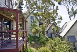 Great Ocean Road Cottages, 10 Erskine Avenue, 3232, Lorne