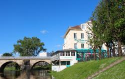 Hôtel L'Esturgeon, 6 cours du 14 juillet, 78300, Poissy