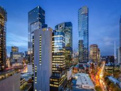 Cityviews - 3 Bedroom Apartment - StayCentral, 180 City Road, Southbank, 3006, Melbourne
