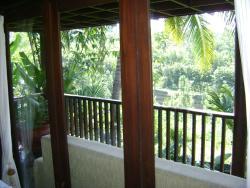 Swaloh Resort & Spa, Jl. Raya Mulyosari , Bendungan Wonorejo, 66262, Kalangbret