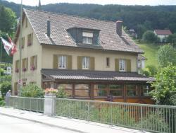 Lüber's Bed & Breakfast, Bahnhofstrasse 4, 4203, Grellingen
