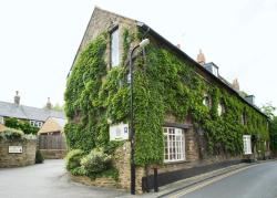 The Poplars Hotel, Cross Street, NN3 7RZ, Moulton