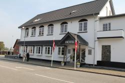 Hotel Aulum Kro, Jernbanegade 1, 7490, Avlum