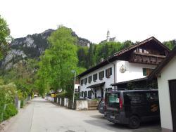 Landhaus Nina, Pfleger-Rothut-Weg 8, 87645, Schwangau