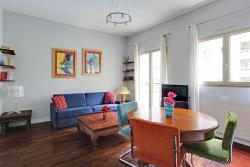 Short Stay Apartment Pompidou, rue Bernard de Clairvaux, 75003, Paris