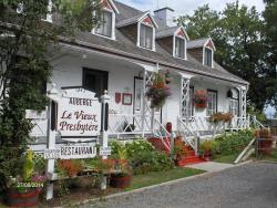 Auberge Le Vieux Presbytère, 1247 Avenue Monseigneur d'Esgly, G0A 4E0, St-Pierre-de-lÎle-dOrléans
