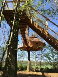 Les Cabanes au Bois d'Orient, 27 route de Villy en Trodes, 10140, Briel-sur-Barse