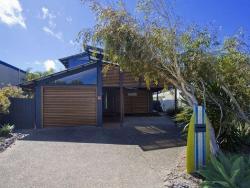 Beach House on Steelwoood Casuarina, 13 Steelwood Lane, Casuarina, 2487, Kingscliff