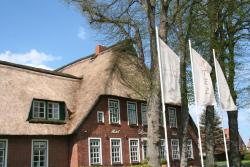 Apartments Lindenhof Warnsdorf, Am Dorfplatz 2-4, 23626, Ratekau