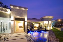 Hotel Villa Los Candiles, Super Mercado Mas por Menos, 350 mts. Este, 25 mts. Sur y 250 mts. Este., 10901, Santa Ana