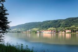 Wesenufer Hotel & Seminarkultur an der Donau, Wesenufer 1, 4085, Wesenufer