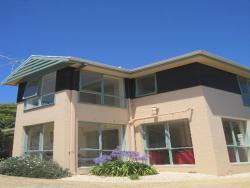 Ken's House by Great Ocean Stays, 1/76 Orton Street, 3226, Ocean Grove