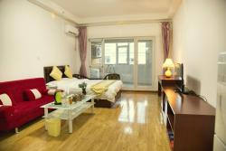 Wo Wei Renren Apartment, Room 402, 5-8 Lotte Century, Middle Qingdao Road, 264200, Weihai