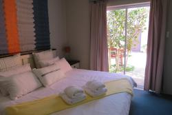 Ocean Walk House and Apartment - Self Catering, Cnr Fischreiher Street 38 and Harder Strasse, 00100, Swakopmund