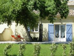 Maison De Vacances - L Isle-Sur-La-Sorgue,  84800, Velleron