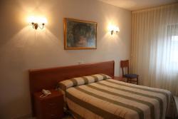 Hotel Alameda, Juan Pablo II, s/n, 37800, Alba de Tormes