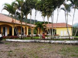 Hosteria Primaveri, Calle Velasco Ibarra, 010150, Santa Isabel