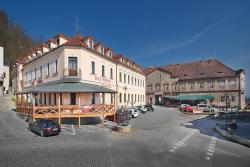 Hotel Podhrad, náměstí Čsl. armády 30, 373 41, Hluboká nad Vltavou