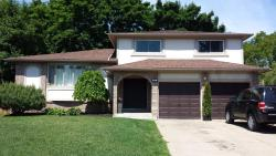 Christine's Bed and Breakfast, 13 Blue Spruce Court, L2N 4E6, Saint Catharines