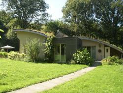 Maison De Vacances - Plouray,  56770, Saint-Tugdual