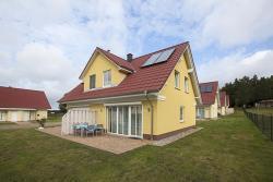 Haus am Wolgastsee - 02, Gothenweg -FeWo 2, 17419, Korswandt