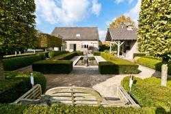 Luxurious Villa 't Hof van Kalenberg, Benaetsstraat, 9a, 3840, Borgloon