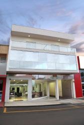 Big Hotel, Rua Marciano Santos, 45, 38440-128, Araguari