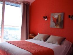 Hôtel Le Neptune, 4, Quai De Houat, 56170, Quiberon