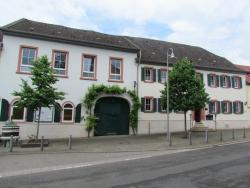 Hotel Stadt Mainz, Marktplatz 4, 55270, Schwabenheim