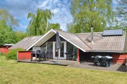 Four-Bedroom Holiday Home Østmarken 08,  6520, Arrild